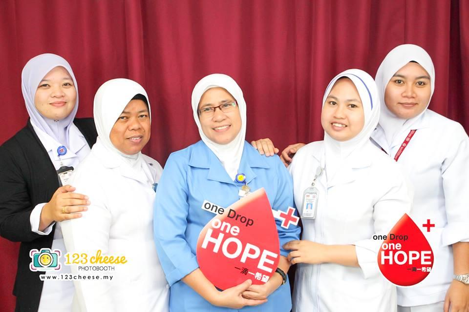 girl nurses