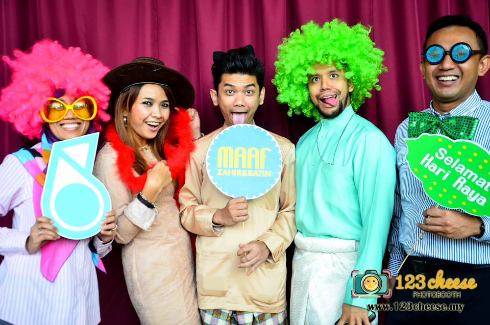 Photo Booth For Your Hari Raya Open House