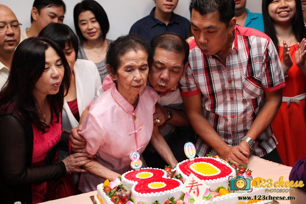 One of the best elderly birthday ideas 123Cheesemy
