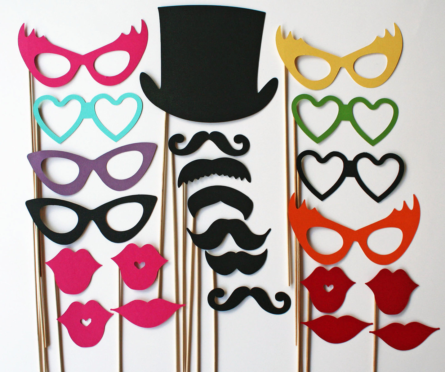 Photo Shooting At Photo Booth With Funky Props Malaysia